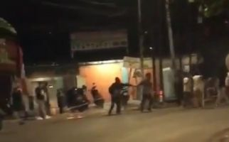 Viral Video Keributan Warga di Jakarta Timur, Ada Orang yang Dibacok - JPNN.com
