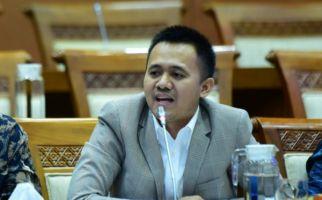 Mufti Anam Minta Pemerintah Tegas Soal Moratorium Pabrik Semen - JPNN.com