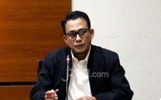 KPK Limpahkan Berkas Perkara 2 Tersangka Penyuap Bupati Kutim ke Pengadilan - JPNN.com