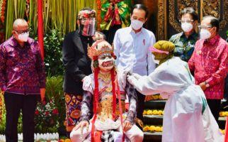 Jokowi Sebut Tiga Kawasan Wisata Bali Akan Dibuka, Kapan? - JPNN.com