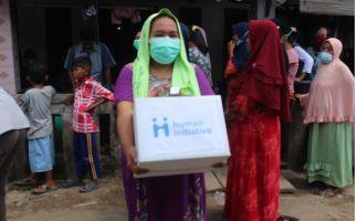 Human Initiative Distribusikan Paket Makanan kepada Masyarakat Terdampak Covid-19 - JPNN.com