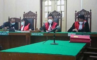Tok, Leca Mena Divonis 5 Tahun 6 Bulan Penjara - JPNN.com
