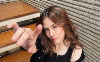 Lebam di Tangan Adhisty Zara Sungguh Mengkhawatirkan - JPNN.com