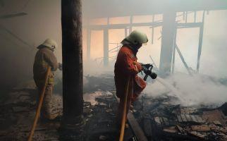 Rumah Mewah di Pantai Mutiara Ludes Terbakar - JPNN.com