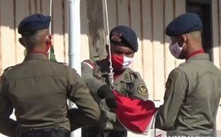Kapolda Sulteng jadi Inspektur Upacara di Area Penyisiran Teroris - JPNN.com