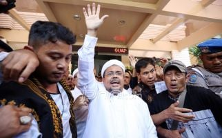 Info Terkini Kondisi Habib Rizieq di Rutan Bareskrim dari Aziz Yanuar - JPNN.com
