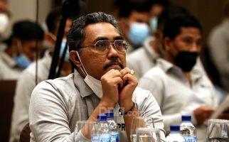 Santri Tutup Telinga Ketika Ada Musik, Gus Jazil Bilang Begini - JPNN.com