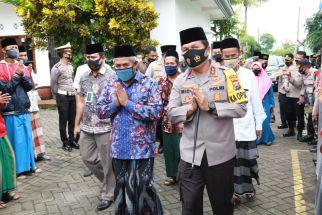 Tak Semua Warga Jawa Timur Bisa Gelar Salat Iduladha Berjamaah - JPNN.com Jatim