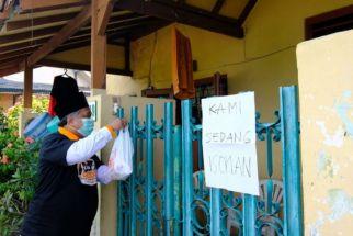 PKS Jatim Bagikan Sejumlah Paket Kurban kepada Warga Terdampak Covid-19 - JPNN.com Jatim