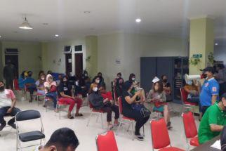 Puluhan Pemandu LaguRHU di SurabayaDitertibkan Satpol PP - JPNN.com Jatim