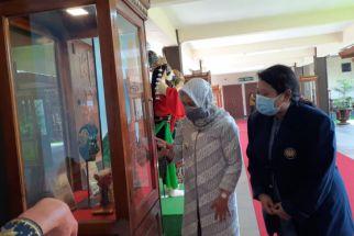 Rumah Ning Ita Pamerkan Kejayaan Panji Majapahit - JPNN.com Jatim