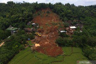 Hati-hati! BMKG Peringatkan Adanya Potensi Tanah Longsor di Jawa Timur - JPNN.com Jatim