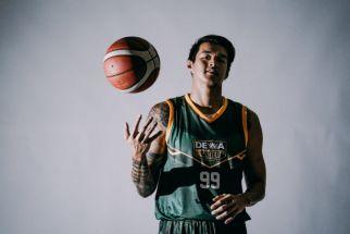 Resmi Berseragam Dewa United Surabaya, Kristian Liem Singgung Soal Ini - JPNN.com Jatim