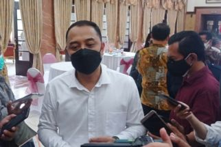 Beasiswa Pelajar MBR di Surabaya Ada Rp 12,5 Miliar, Eri: Termasuk untuk Siswa di SMP Swasta - JPNN.com Jatim