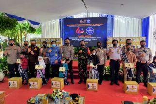 Pendidikan 99 Anak Yatim Piatu Covid-19 Sidoarjo akan Dijamin Polres - JPNN.com Jatim