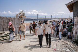 Nelayan Mengeluh, Bupati Jember Tertibkan Tambak di Pesisir Pantai Selatan - JPNN.com Jatim
