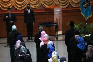Wali Kota Surabaya: Jadi Pejabat di Kecamatan Bukan Berarti Dibuang - JPNN.com Jatim