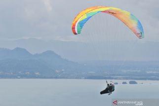 Mengagumkan! Torehan Emas Paralayang Jatim di PON Papua Lebihi Target dan Jauh Lampaui Lawan - JPNN.com Jatim