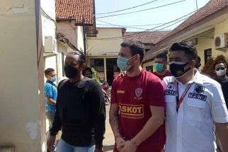 Dua WNA Bulgaria Ditangkap di Pasuruan, Aksinya Merisaukan Warga - JPNN.com Jatim
