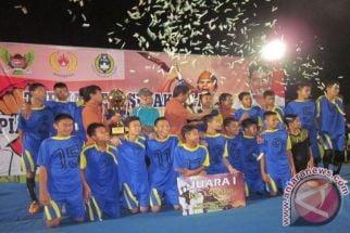 Jaring Pemain Sepak Bola Usia Dini di Sampang, PSSI Gelar Kompetisi U-15 - JPNN.com Jatim