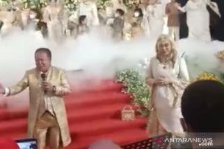 Terekam Bernyanyi di Pesta Pernikahan Keponakan, Bupati Jember Minta Maaf - JPNN.com Jatim