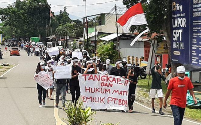 Ratusan Massa Desak Kapolda Sulut Tangkap Aktor Intelektual Tewasnya Warga Desa Toruakat - JPNN.com