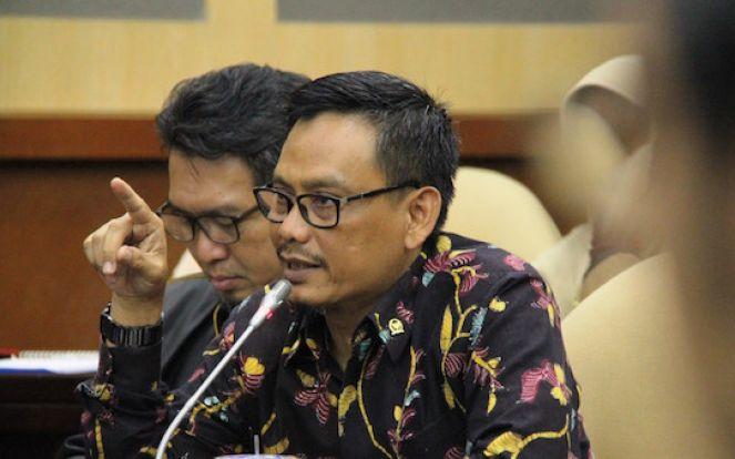 Guru Honorer Lulus Passing Grade PPPK Tahap I Tak Ada Formasi, Sikap DPR Tegas - JPNN.com