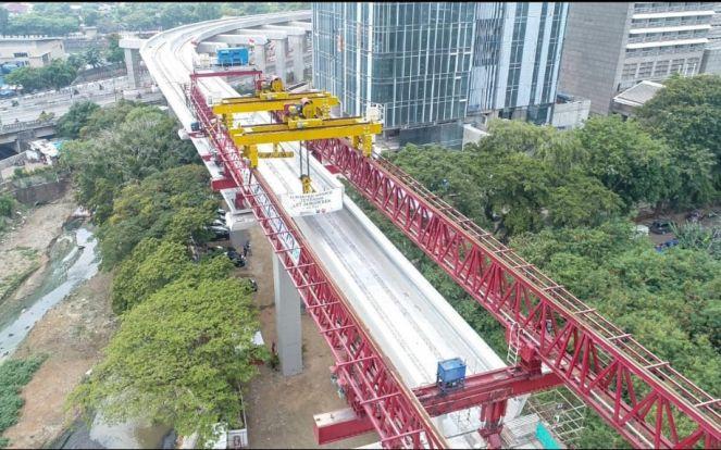 Penjelasan Terbaru PT Adhi Karya Soal Dua LRT Jabodebek yang Bertabrakan di Cibubur - JPNN.com