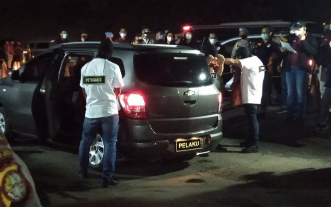 2 Polisi Didakwa Akhiri Hidup 6 Laskar FPI, Pengacara Korban Kritisi Surat Dakwan - JPNN.com